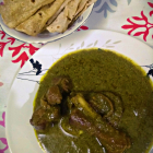 How to prepare palak mutton curry