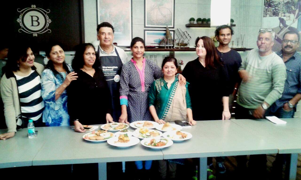 Mumbai restaurant review|Salmon cooking event at Bennies by Flags