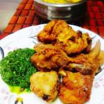 chingrir paturi(Prawns cooked wrapped in pumpkin leaves)