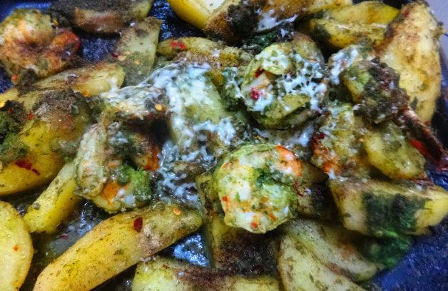 Prawn potato in cheese sauce