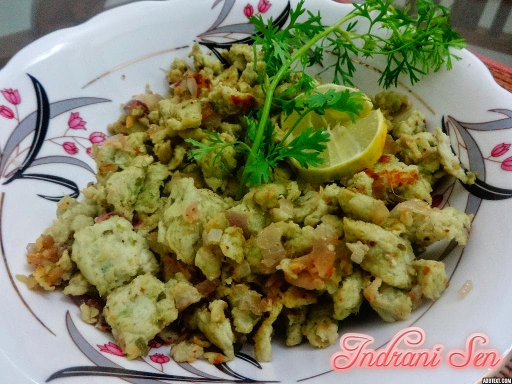 Scrambled Chicken with green peas