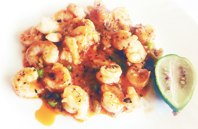 PRAWNS IN TOMATO BASIL AND LIME SAUCE