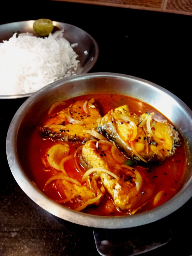 Machher kalojire jhol(Fish curry with nigella seeds)
