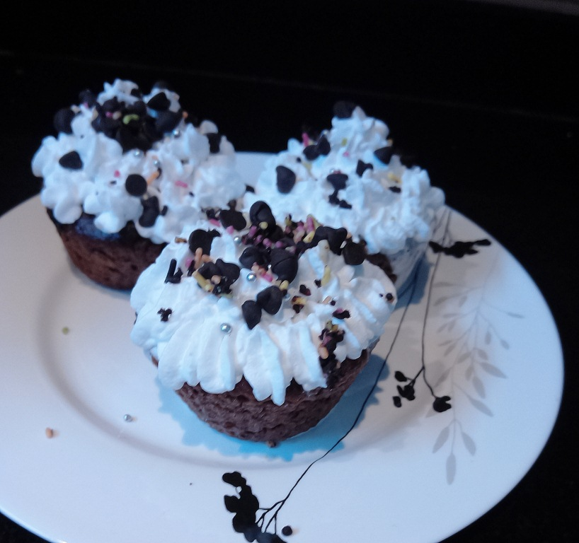 chocolate vegan cupcake