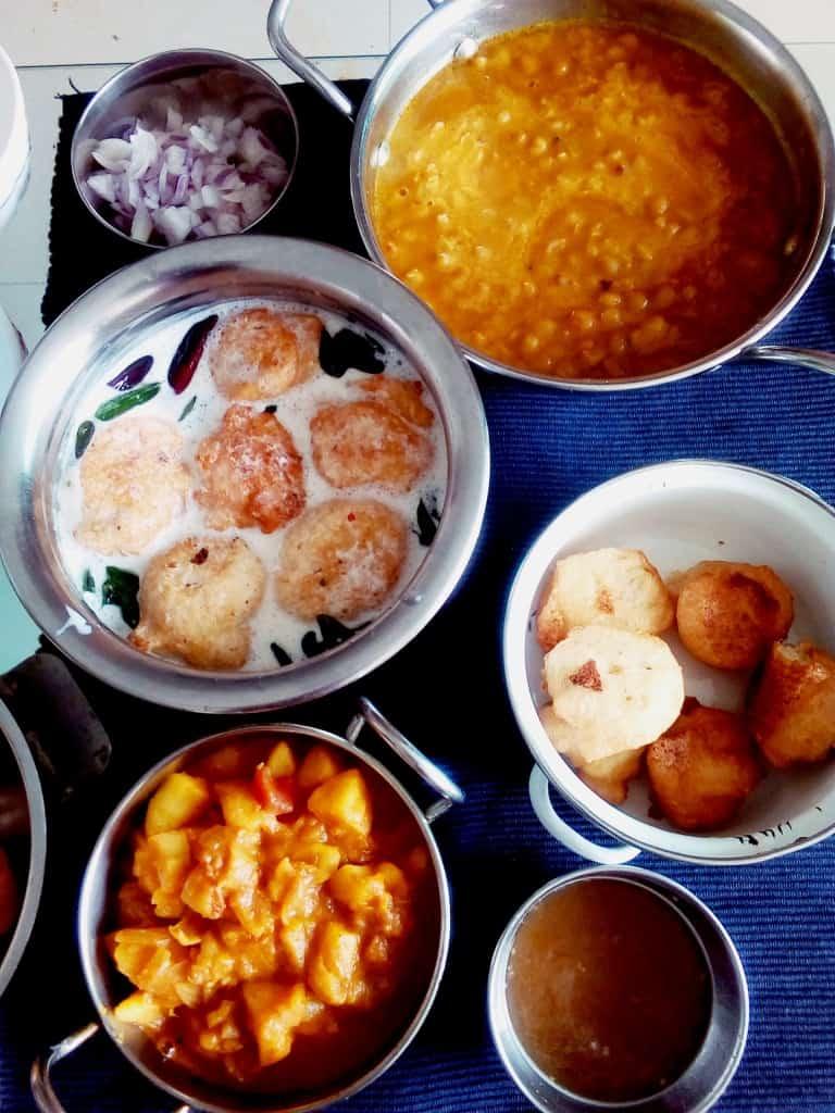 Oriya dahi vada aloo dum ghugni recipe
