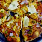 Kadai paneer pizza