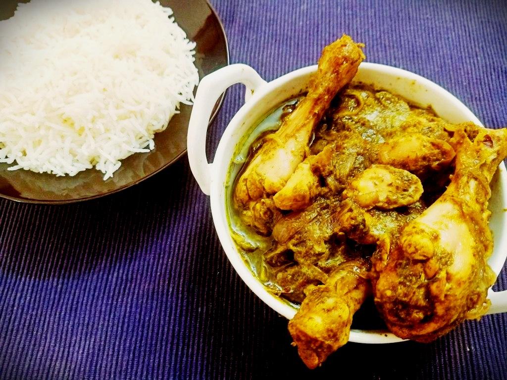 Green herb chicken curry