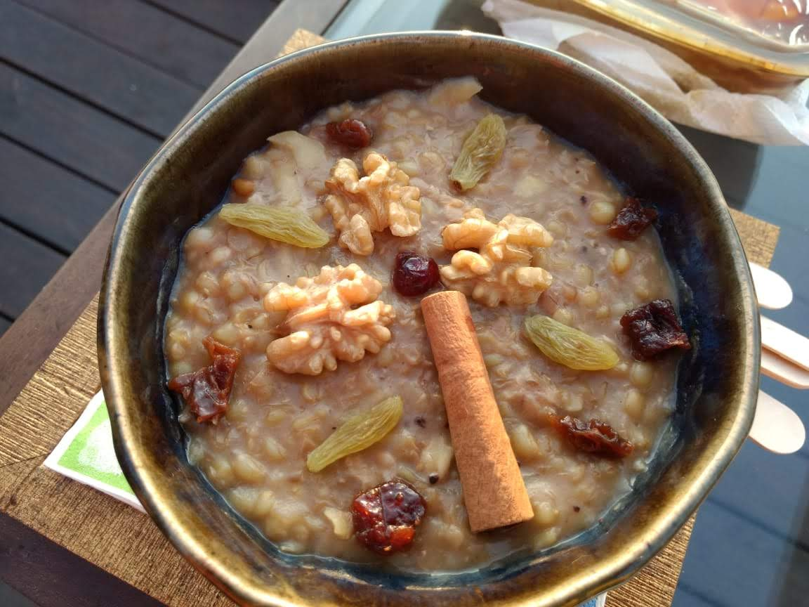Albanian wheat pudding