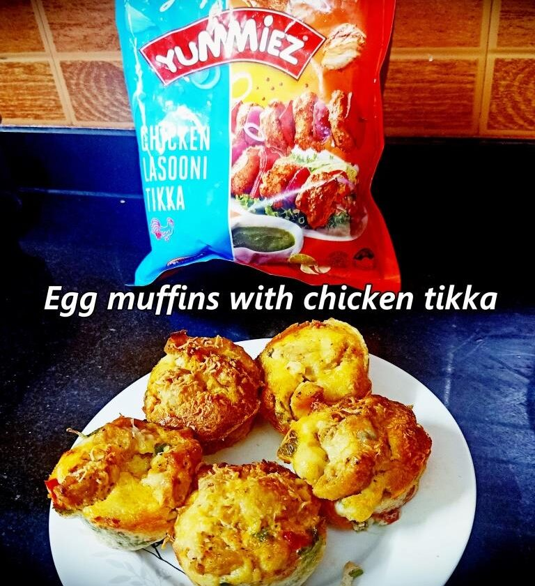 Egg muffins with chicken